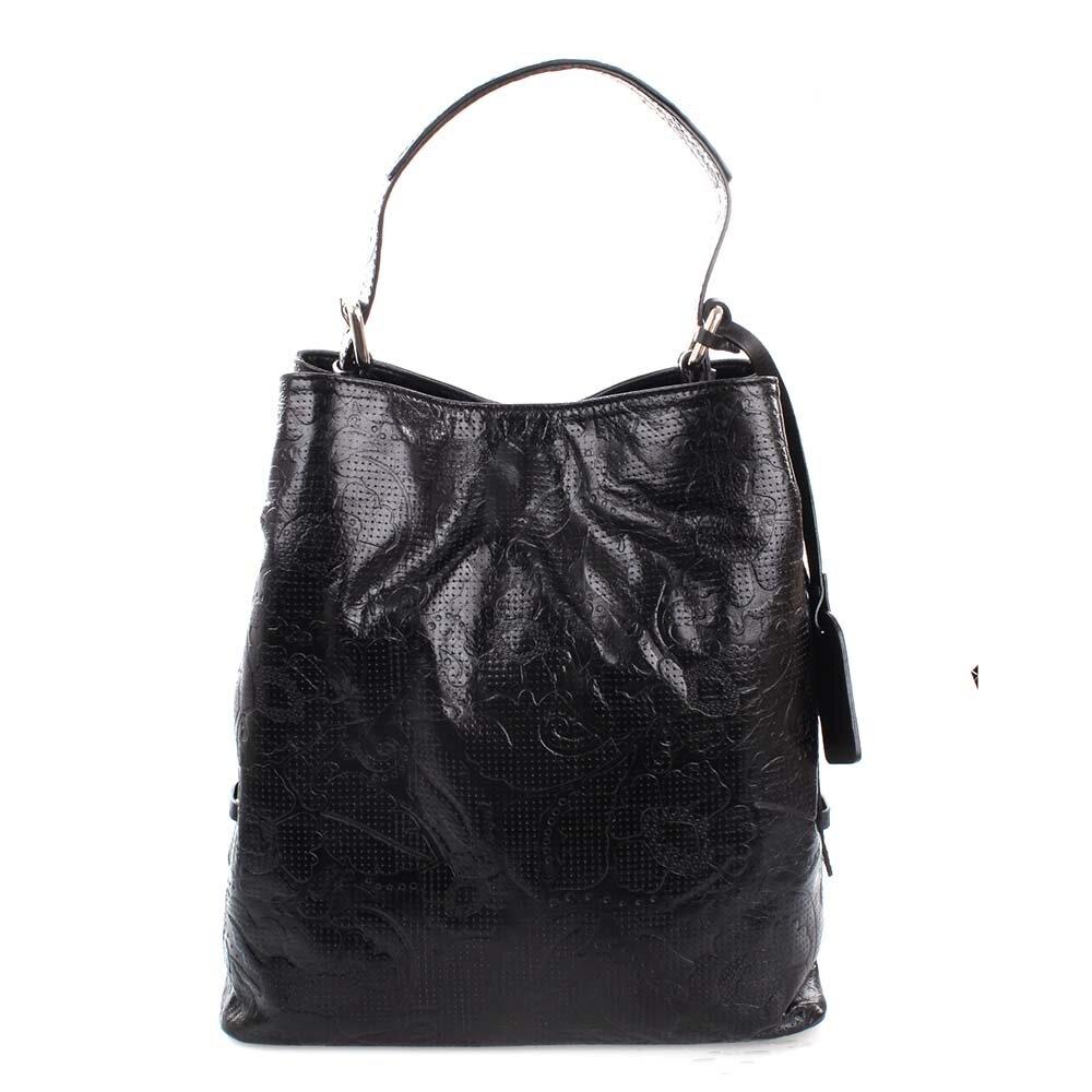 Dámska čierna kožená kabelka s jemným vzorom Puntotres  ec9bf4ed3f1