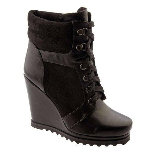 0b4300203f3a Dámske čierne členkové topánky na platforme so šnurovaním Betsy ...