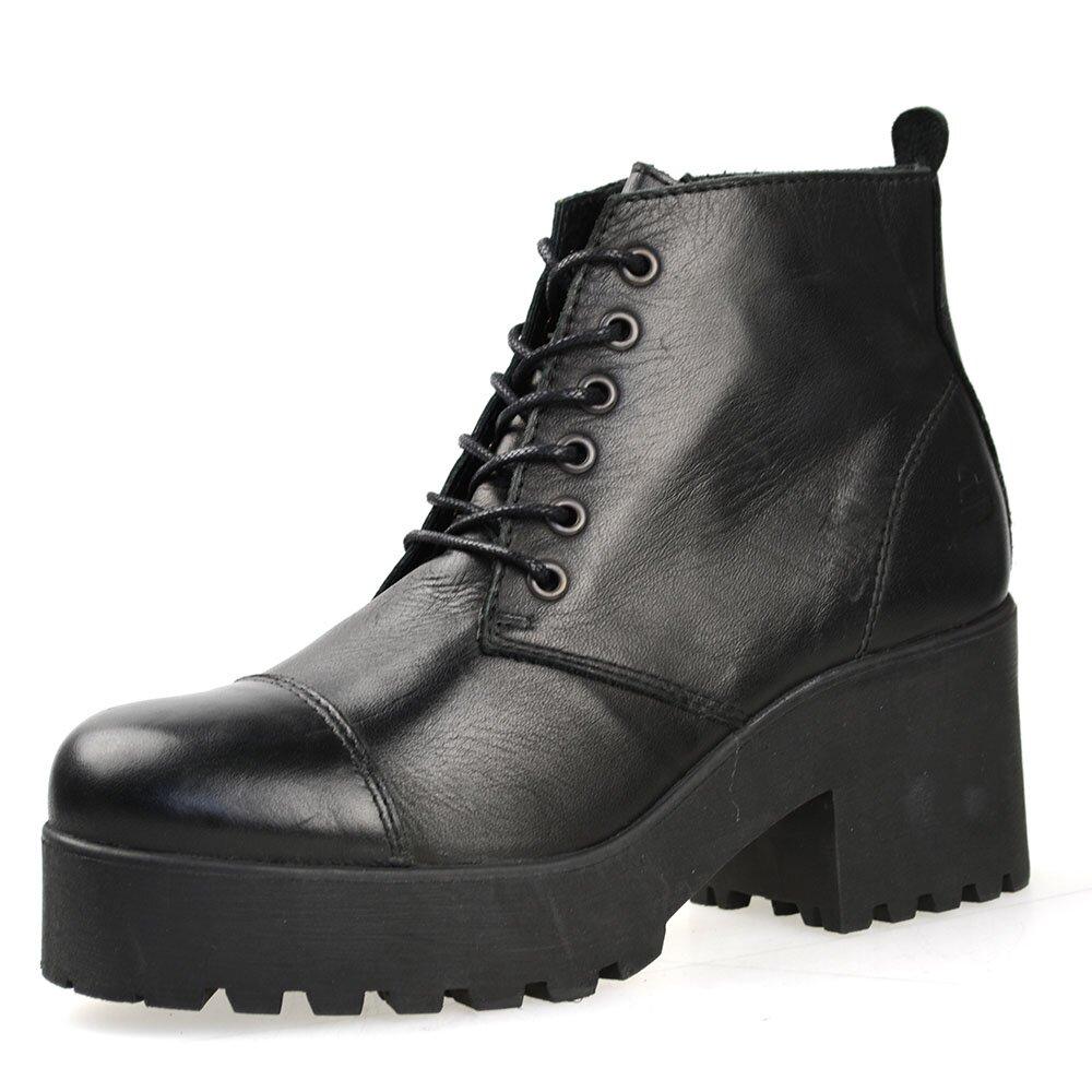 db8309eb6df6 Dámske čierne členkové topánky so šnurovaním Bullboxer