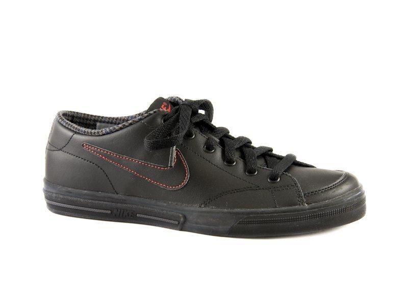 93ea2df5a3ef Dámske čierne kožené tenisky Nike