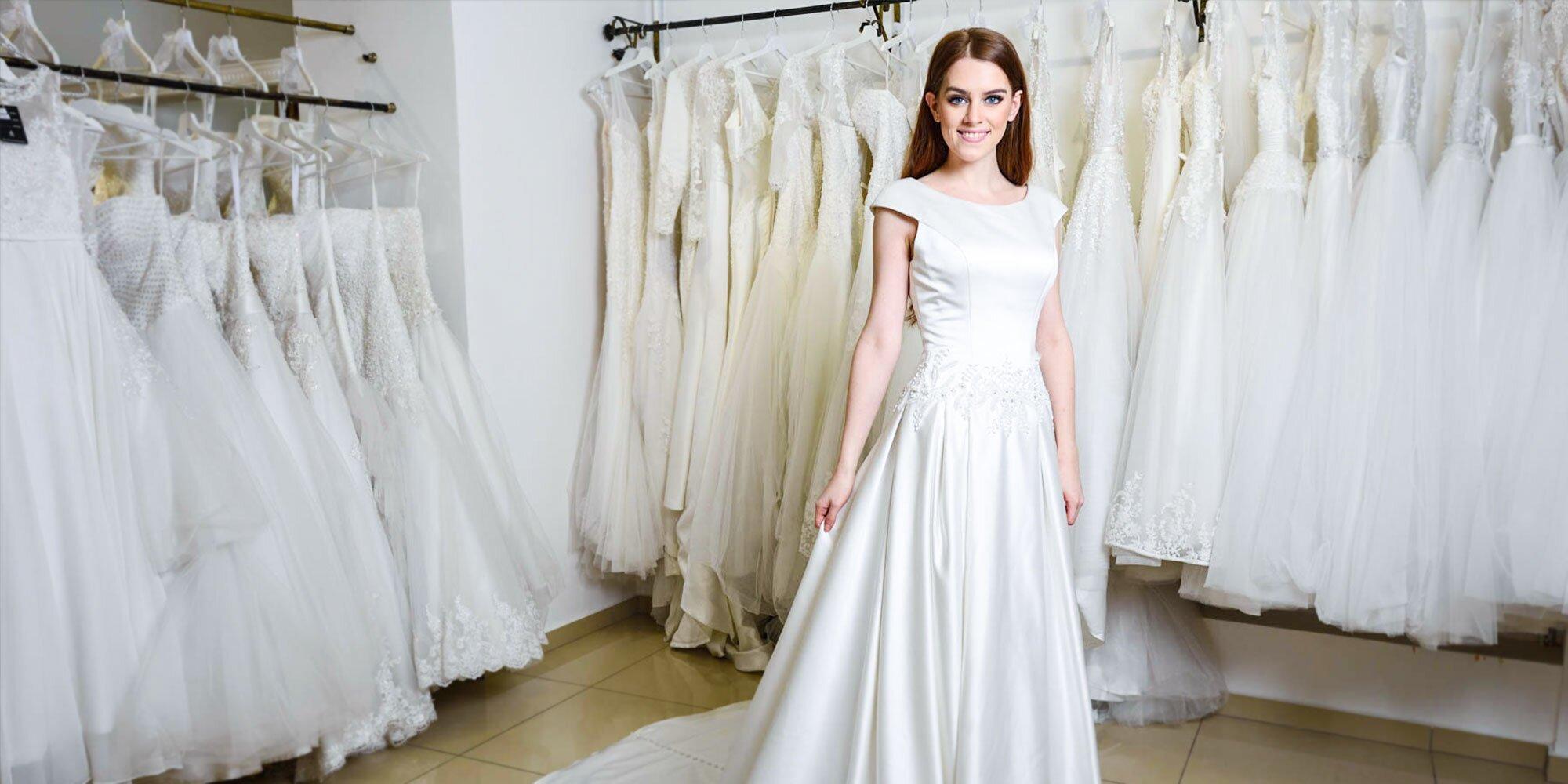 Zľava na požičanie svadobných šiat a kúpu exkluzívnych spoločenských šiat v  AZ collection  5232a7a7cd0