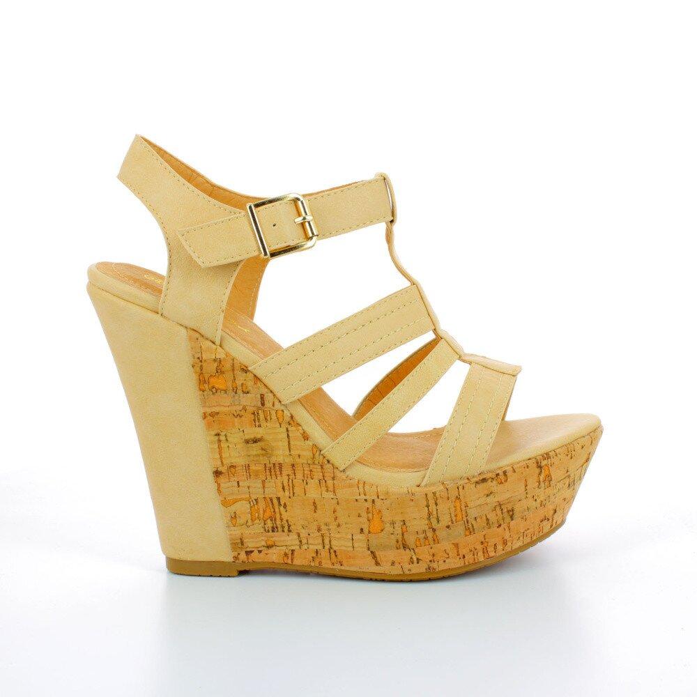 880b8bc9f049 Dámske béžové sandále na korkovej platforme GirlHood