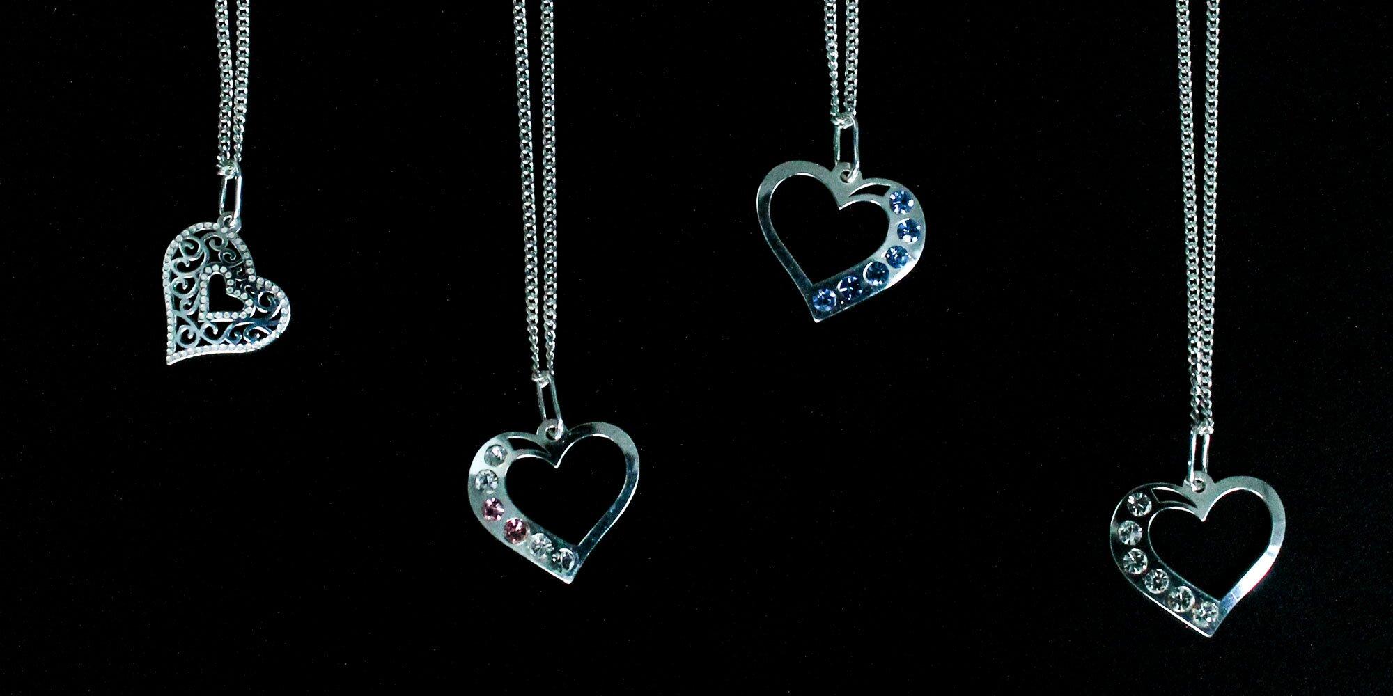 Strieborný náhrdelník Heart Crystal aj s retiazkou  7275643ae8a