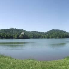 Počúvadlianske jazero