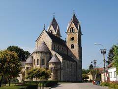 Románsky kostol Sv. Jakuba, Lébény