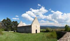 Kostol Všetkých svätých v Haluziciach