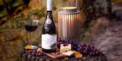 Kartón slovenského vína z čiernych ríbezlí Miluron