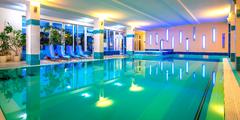 Víkendový pobyt bazénom, vírivkou a masážou v kúpeľných Dudinciach