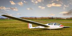 Poznávací let vetroňom aj s možnosťou pilotovania