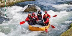 Adrenalínový rafting v areáli vodného slalomu v Liptovskom Mikuláši