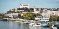 Plavby loďou na Dunaji pre dospelých aj deti