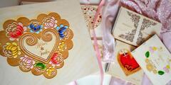 Personalizovaný svadobný album z dreva s gravírovaním či maľovaním