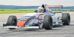 Staňte sa pilotom formuly F4 s max. rýchlosťou 235 km/h