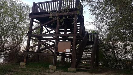 Rozhľadňa Hrušovská zdrž v Čunove