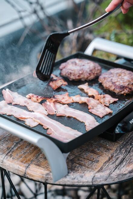 Správne ochutenie mäsa? Okoreniť a soliť až tesne pred prípravou!