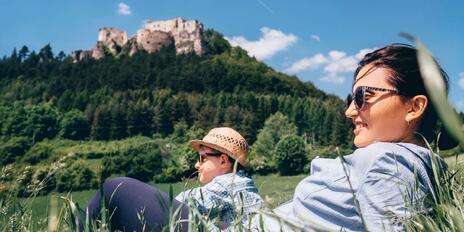 7 slovenských hradov, ktoré sa oplatí navštíviť aj s deťmi