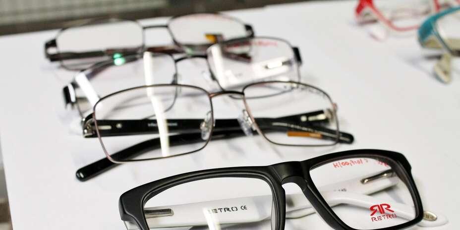 Odľahčené dioptrické alebo slnečné dioptrické sklá a zľava 35 % na okuliare  1   12. + 12 fotiek ff0a5273ed8