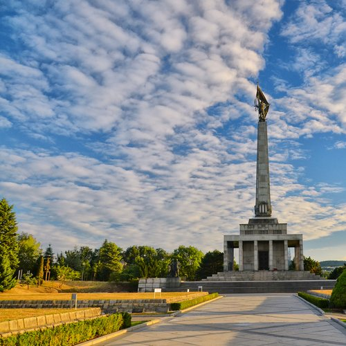 Vojnový pamätník Slavín