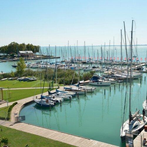Silver Yacht Club - lodný prístav, Balatonfüred