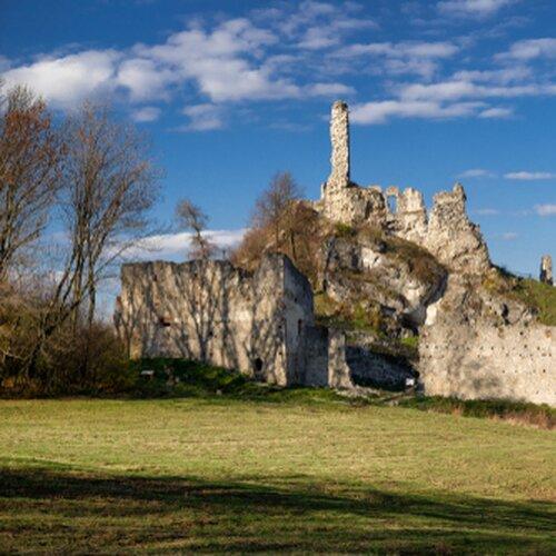 Zrúcanina hradu Korlátko (Cerovský hrad)