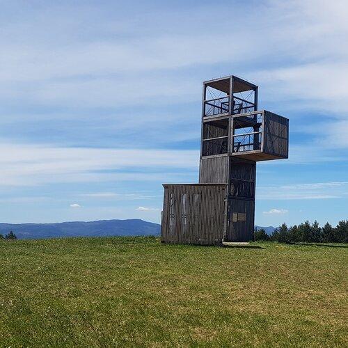 Rozhľadňa na Medveďom vrchu pri Spišskom Hrhove