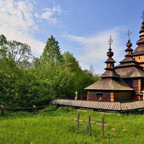 Drevený kostolík z Kožuchoviec