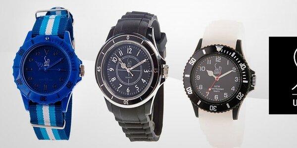 Vyfarbite sa so štýlovými hodinkami Senwatch