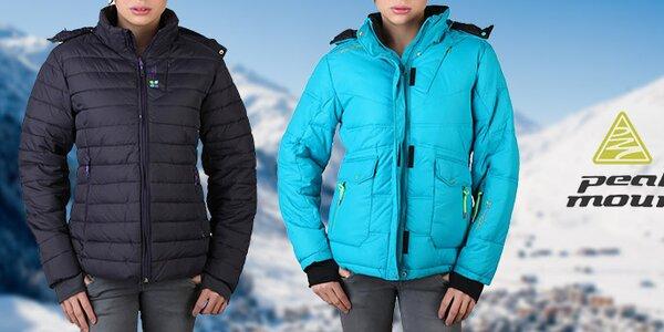 Zahrejte sa s dámskymi bundami Peak Mountain