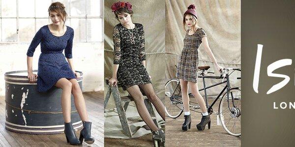 Sila ženskosti - šaty s potlačami a nápadité svetríky Iska