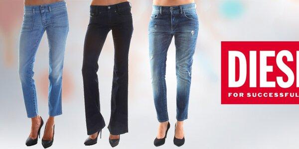 Farebné aj tradičné - džínsové kúsky pre dámy Diesel