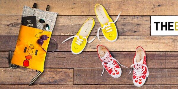 Farebné topánky, batôžky a tašky s obrázkami The Bees