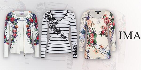 Farebné dámske svetre a nohavice Imagini