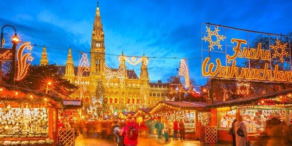Tradičné vianočné trhy vo Viedni