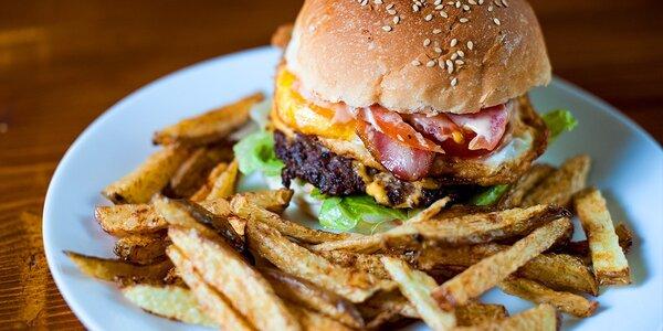 Najchutnejšie burgre v Starom Meste - na výber päť druhov, aj 800g mega burger!