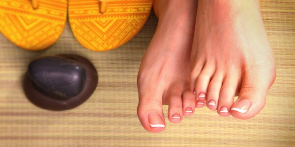 Medicinálna suchá pedikúra pre krásne a zdravé chodidlá