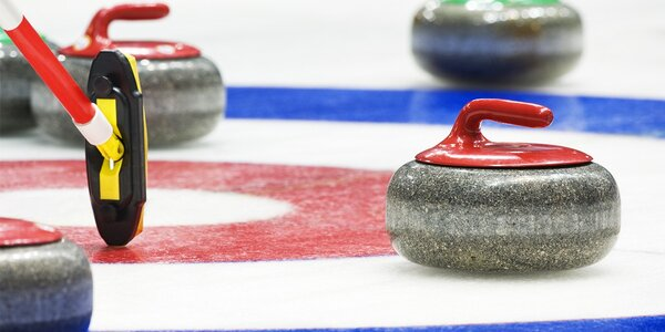 Curling - tímová zábava pre 6-10 ľudí