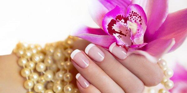 Manikúra, pedikúra, wellness balík alebo gelové/akrylové nechty