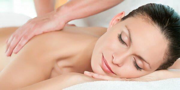 Regeneračná masáž chrbta a šije alebo relaxačná masáž s termomasážnym lôžkom