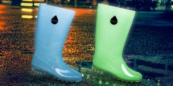 Najlepšie kamarátky do dažďa: svietiace gumáky Rainy