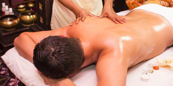 Thajská celotelová olejová aromatická masáž s možnosťou masáže chodidiel