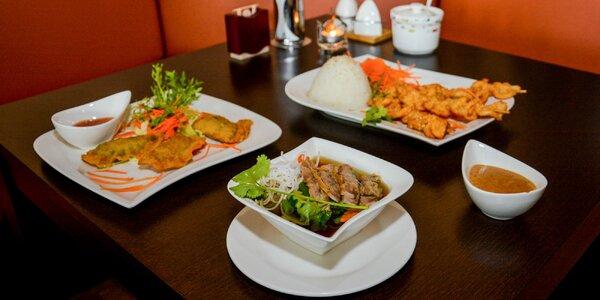 Vietnamské menu s kačacou polievkou a kuracou pochúťkou v Bamboo