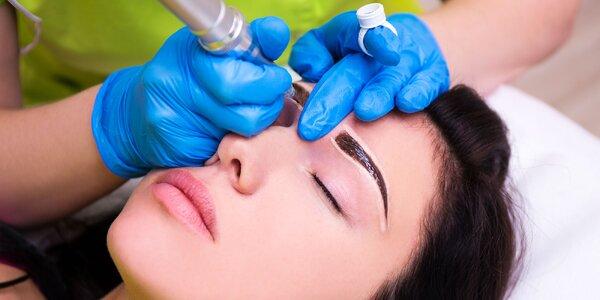 Permanentý make up - prirodzené obočie čiarkovaním a podtieňovaním