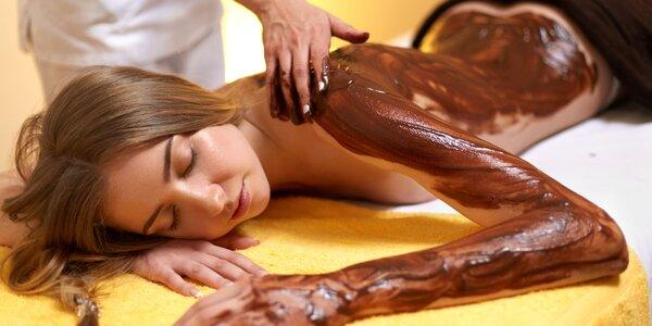 Luxusná čokoládová masáž alebo thajská olejová masáž