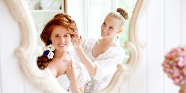 Spoločenský účes a make-up na večierky i ples