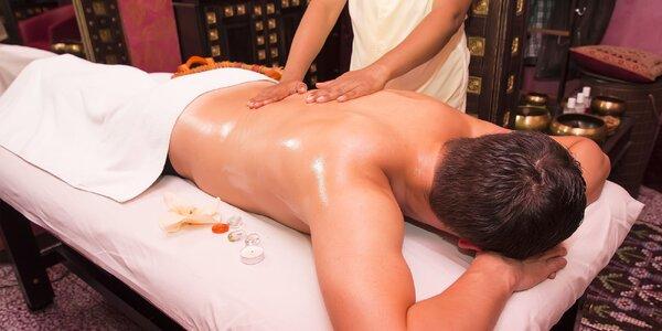 Uvoľňujúci ayurvédsky masážny balíček pre zdravie a relax + darček