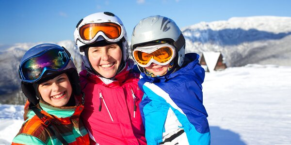 Rodinná lyžovačka s ubytovaním v Poprade, raňajky a skipas v cene, dieťa do 6 r…