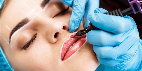 Permanentný make-up obočia alebo pier a 3D mihalnice