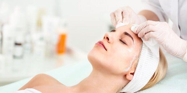 Ošetrenie pleti ultrazvukom s masážou tváre, krku a dekoltu alebo úpravou obočia