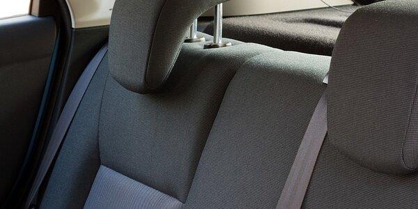 Profesionálne čistenie a dezinfekcia interiéru vozidla