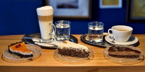 Chutný koláč a káva podľa výberu